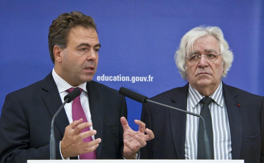 Luc Chatel consulte la France sur les rythmes scolaires