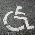 En CM2, «moins d'un élève handicapé sur deux» en classe ordinaire (Depp)