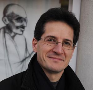 Alain Refalo, professeur désobéisseur: «Cette politique est criminelle»