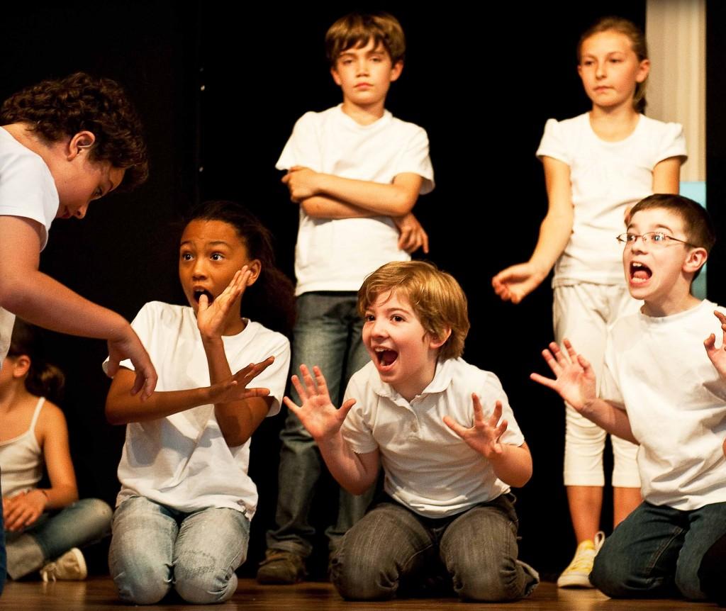 Langues en Scène : «L'apprentissage d'une langue par le théâtre désinhibe totalement les élèves»