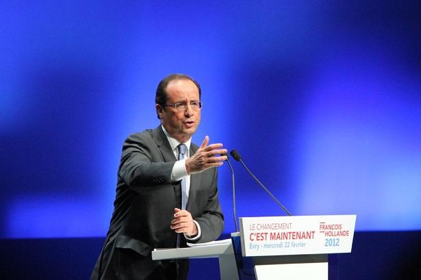 Collège : François Hollande monte au créneau et défend la réforme