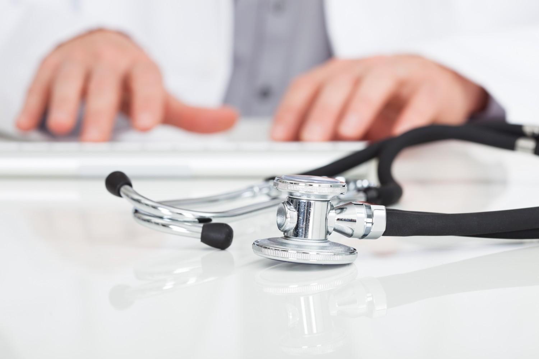 Grâce à Dr House, un médecin sauve un patient atteint de symptômes inexpliqués