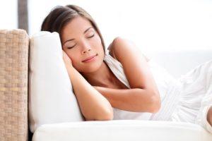 Sommeil : se réveiller pour se souvenir de ses rêves © Maridav - Fotolia.com