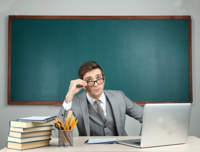 Concurrence d'Internet: pour 84% des Français, l'enseignant reste irremplaçable