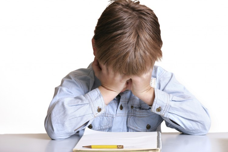 Déconfinement : Comment repérer les symptômes de stress chez l'enfant ?