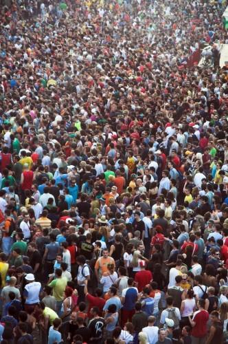 Explosion démographique : 11 milliards d'humains sur Terre en 2100 ?
