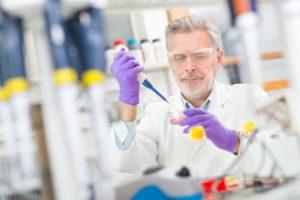 chercheur laboratoire science