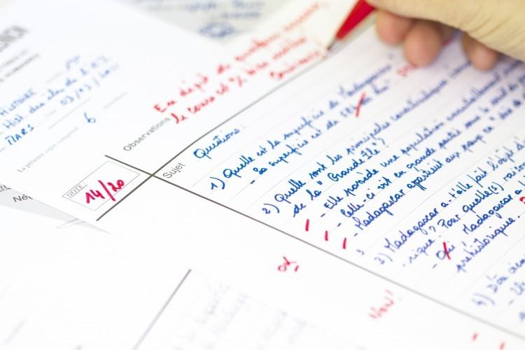Evaluation des élèves : il ne faut pas «casser le thermomètre» (Vallaud-Belkacem)