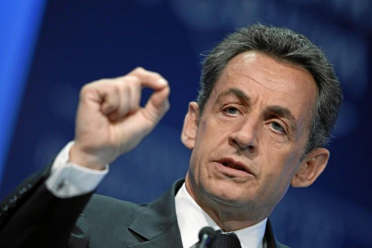 Fonction publique : Nicolas Sarkozy veut rétablir le jour de carence et instaurer un contrat de 5 ans