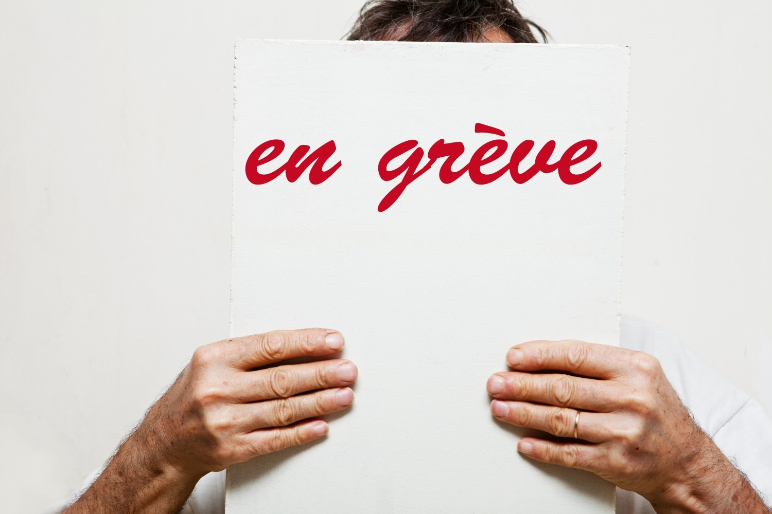 Grève du 26 janvier : 40 % de grévistes du 2nd degré selon les syndicats, 12,6 % selon le ministère