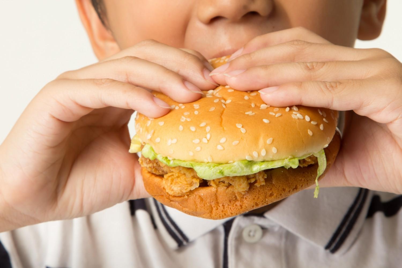 Le fast-food mauvais pour les résultats scolaires