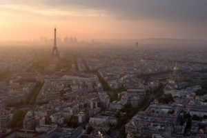 Sunset in Paris © fagat - Fotolia
