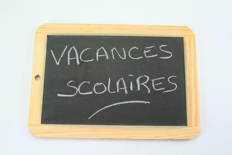 Calendrier Scolaire 2020 2020 Semaines A Et B.Calendrier Scolaire Les Dates Des Vacances 2020 2021