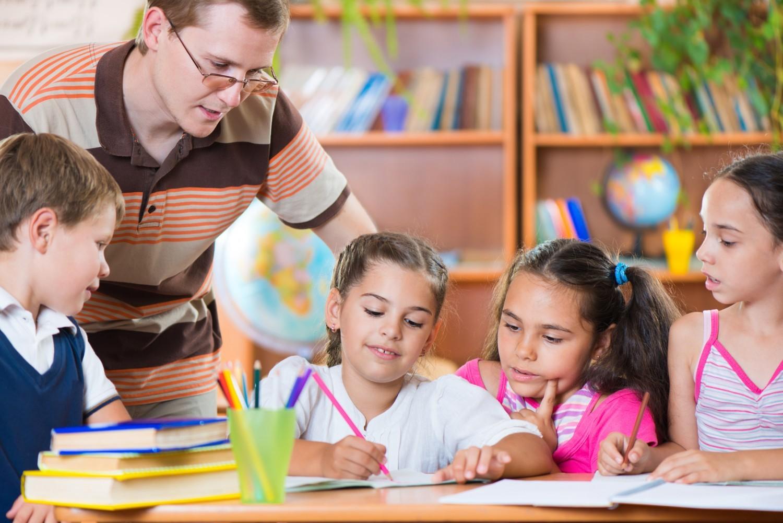 1 248 postes d'enseignants du primaire supplémentaires créés à la rentrée 2020