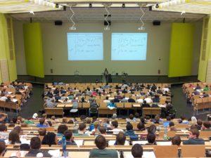 L'université Conférence Campus L'éducation / Pixabay.com / Photo CC par nicolayhg