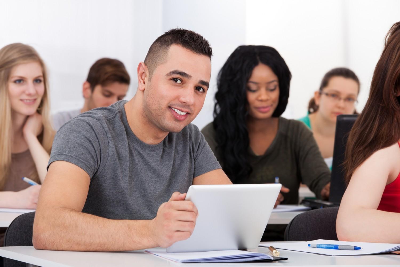 La «grande école du numérique» prévue pour la rentrée 2015