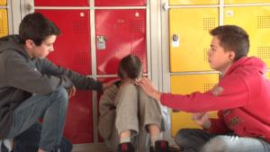 """""""Mains tendues"""" - le clip réalisé par les 4e et 3e du Collège Marcel André de Seyne-les-Alpes"""