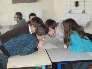 """Simon Levrard, professeur à Caen, a testé un jeu de plateau sur les Panathénées avec sa classe. """"Les enfants ont accroché, il n'y a pas eu de temps mort ou de grosse difficulté et il y avait une grosse ambiance"""", raconte-t-il sur le site du Réseau Ludus."""