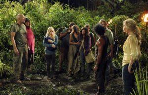 """Pour plonger ses élèves dans le scénario du """"jeu de l'île"""", Lucile Peyre leur fait visionner un épisode de la série Lost, qui aborde une question philosophique en lien avec le programme."""
