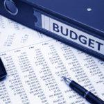 Fonctionnaires : pour la Cour des Comptes, ils coûtent trop cher