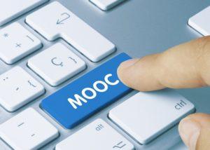 MOOC. Keyboard © momius - fotolia.com