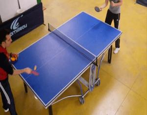 """Tennis de table - """"Poussette du coup droit"""" / Une situation pédagogique filmée lors d'une séance, utilisée pour un """"feedback"""" quasi-instantané"""