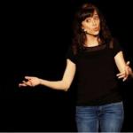 Vanessa Kayo, des salles de classe au stand-up