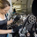 Réforme du lycée professionnel : le ministre veut resserrer les liens avec le marché de l'emploi