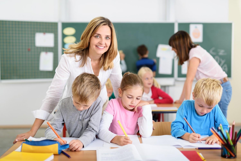 Professeurs des écoles : la ministre favorable à une augmentation salariale