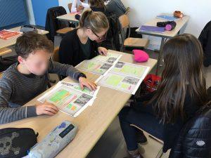 Les élèves de Yann Houry en train de travailler à la lecture de leur conte (futur audiobook)