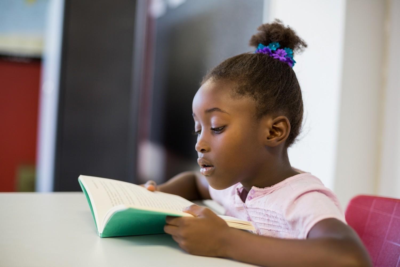 Lecture : malgré les écrans, les jeunes aiment toujours lire ! (étude du CNL)