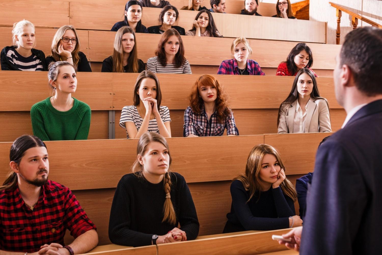 Prof dans le supérieur : comment réussir sa rentrée à la fac ?