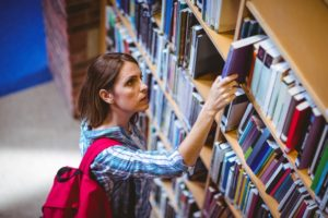 Student in the library © WavebreakmediaMicro
