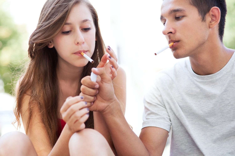 Nouvelle action des proviseurs pour autoriser les élèves à fumer dans les lycées