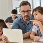 L'Education nationale signe un partenariat avec Atos et Unowhy