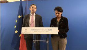 Thierry Mandon et Najat Vallaud-Belkacem lors de la conférence de rentrée universitaire 2016