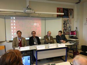 Bruno Benoit, président de l'APHG, était entouré par des journalistes : Eric Fottorino ( 1 Hebdo), Daniel Muraz (le Courrier Picard) et Olivier Da Lage (RFI).