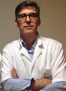 Emmanuel Lescanne, médecin, spécialiste en ORL et chirurgie cervico-faciale et professeur au CHU de Tours.