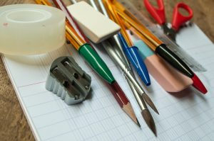 fournitures scolaires © Fotolia