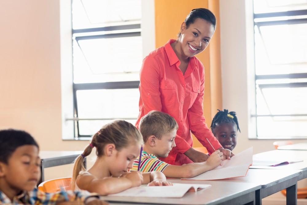 Budget 2019 : +1900 postes d'enseignants dans le primaire