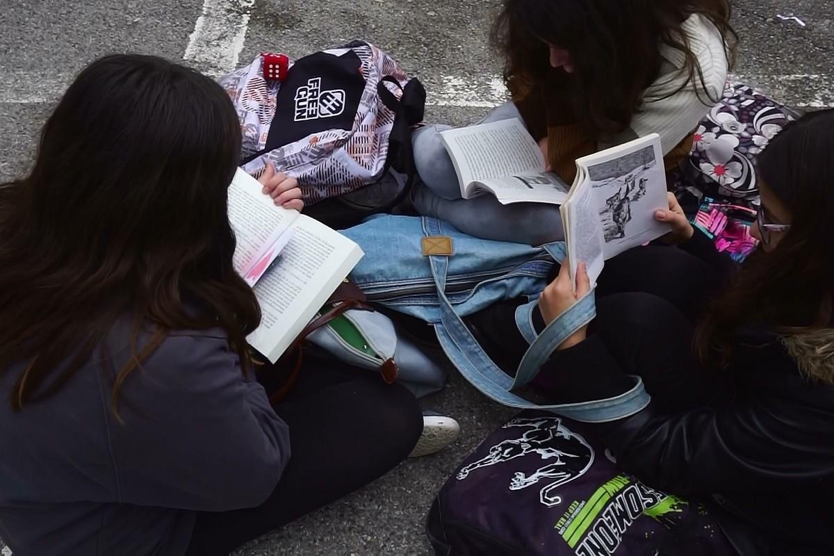 «Silence on lit» : 15 minutes de lecture quotidienne au collège
