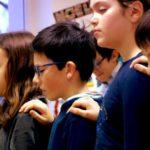 «Quand l'enseignant et ses élèves méditent, il y a une toute autre atmosphère d'apprentissage» (E. Snel)