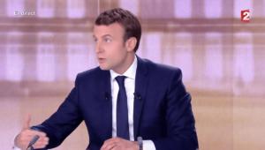 Emmanuel Macron lors du débat de l'entre-deux-tours de l'élection présidentielle / TF1-F2