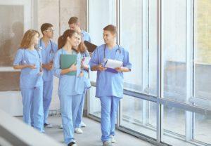 formation-infirmiers- Schutterstck