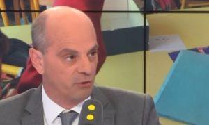 """Jean-Michel Blanquer veut """"4 000 postes supplémentaires"""" et """"plus de classes dédoublées"""" (photo : francetv info)"""