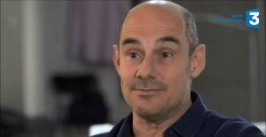 Bernard Campan dans le documentaire Cancre ? Source : Typito