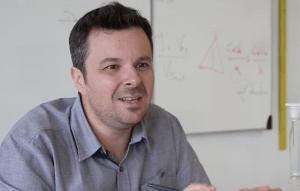 Nicolas Vossier était au CLICx, du 22 au 24 août 2017, pour présenter sa classe inversée en physique-chimie.