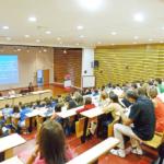 «La formation des profs est trop dense et bien trop courte»