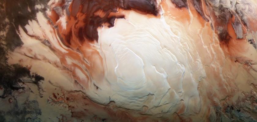 Un lac d'eau salé se cache sous la glace de Mars