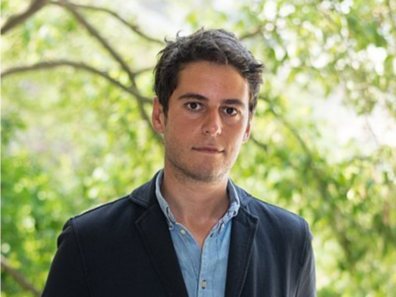 Gabriel Attal nommé secrétaire d'Etat auprès de Jean-Michel Blanquer